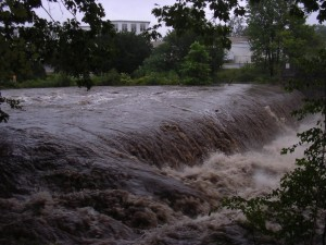 On August 28, 2011 at noon, after a hurricane, the river reached 4,000 cubic feet per second of water!